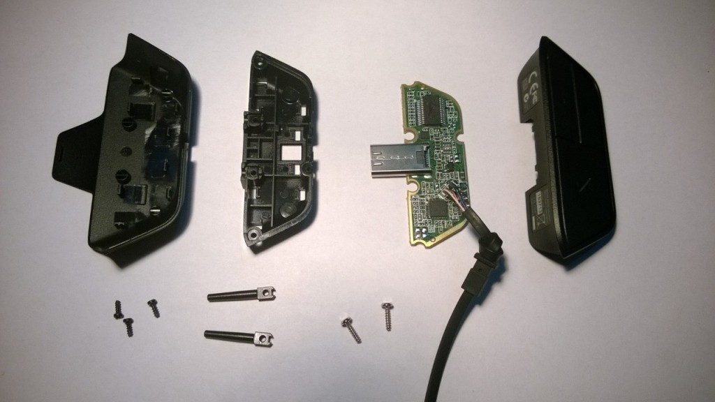 Xbox One headset tear down.